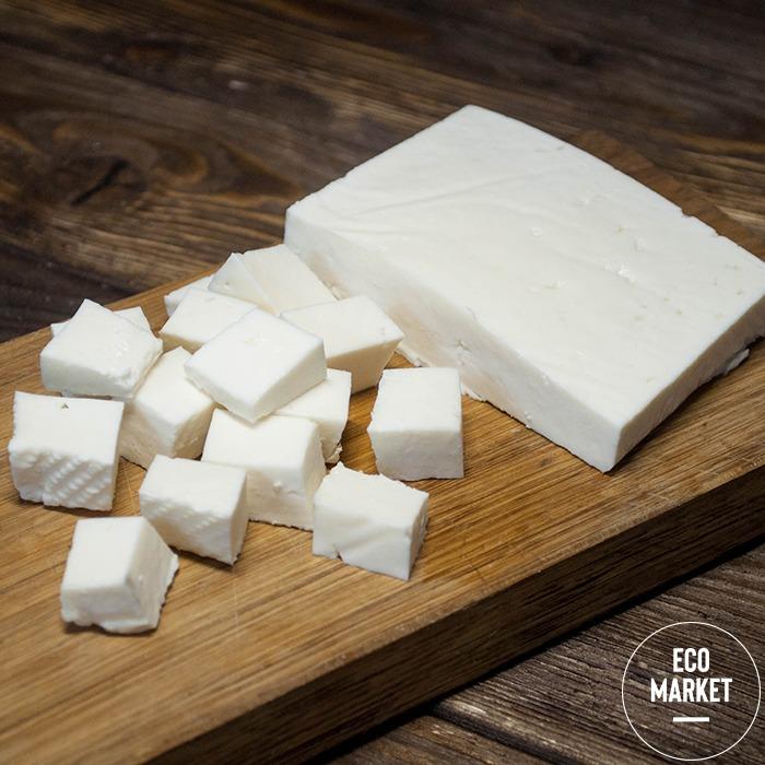 Сыр Брынза из коровьего молока 40% жирность ~ 230 г (0.23 кг)