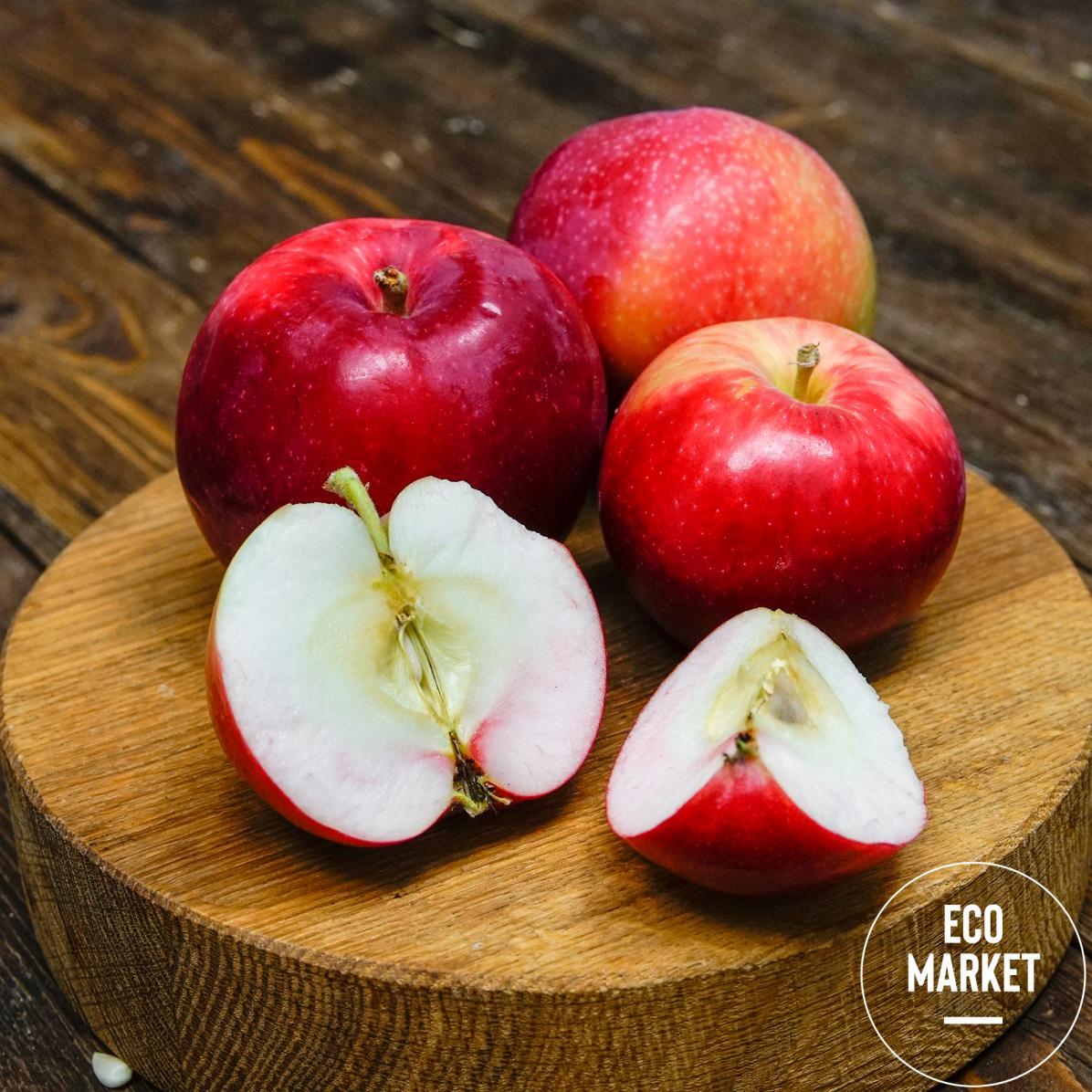 Яблоки деревенские Женева ~ 500 г (0.5 кг)