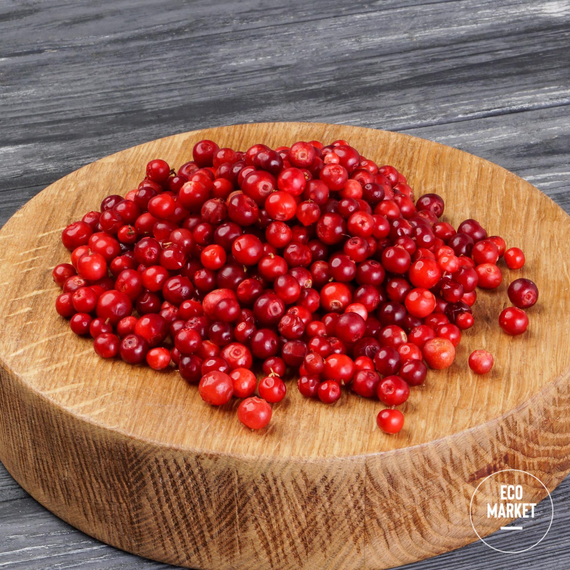 Брусника свежая ~ 250 г (0.25 кг)